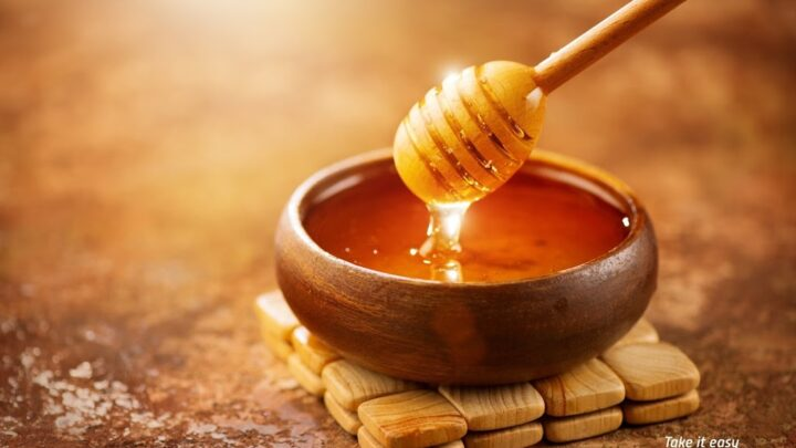 Beauty Benefits Of Honey For Skin And Hair